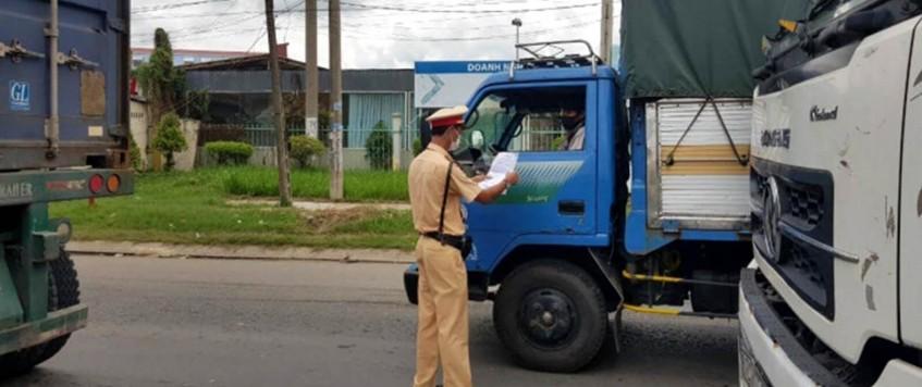 Đề nghị ưu tiên xét nghiệm COVID-19 cho người điều khiển phương tiện vận tải