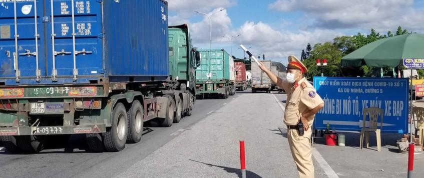 Không để thiếu hụt lái xe vận tải hàng hóa khu vực phía Nam