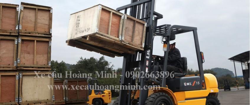 Dịch vụ xe cẩu tải KCN Khánh Bình
